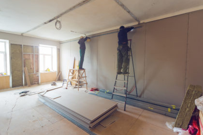 golden construction services - workers remodeling home - Pinellas, Hillsborough, Pasco